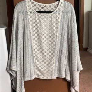 Oddy Gray and White Top